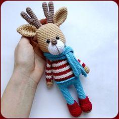 Amigurumi 100 Tığı Handiwork Baby And Womens Vest Models Amigurumi Doll Pattern, Crochet Dolls Free Patterns, Crochet Deer, Cute Crochet, Tshirt Garn, Deer Pattern, Crochet Winter, Handmade Toys, Horns