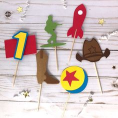 Excited to share this item from my shop: Toy Story Cupcake Toppers - Set of 6 - Toy Story Birthday Party decorations - toy story decor Toy Story Decorations, Office Party Decorations, Birthday Party Decorations, Toy Story Centerpieces, Craft Party, Toy Story Cupcakes, Toy Story Cake Toppers, Cupcake Toppers, Toy Story Theme