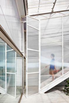 + Gallery - Seasonless House / Casos de Casas - 9