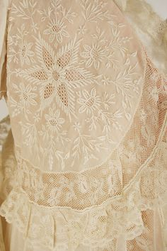Ivory Negligee Lace ....