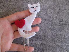 Segnalibro / graffetta con gatto bianco in feltro di TinyFeltHeart