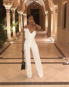 Woman All White Outfits Classy Outfits, Stylish Outfits, Fashion Outfits, Womens Fashion, Woman Outfits, Jumpsuit Elegante, Mode Ootd, All White Outfit, All White Party Outfits