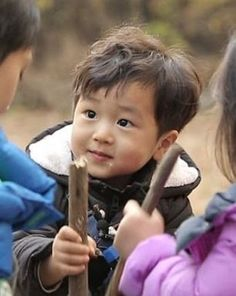 Ideas baby cute stuff children for 2019 Funny Babies, Cute Babies, Baby Kids, Baby Boy, Korean Babies, Asian Babies, Superman Kids, Superman Wallpaper, Song Triplets