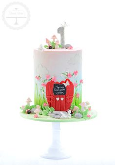 Enchanted garden first birthday cake - For all you cake decorating supplies, please visit craftcompany.co.uk