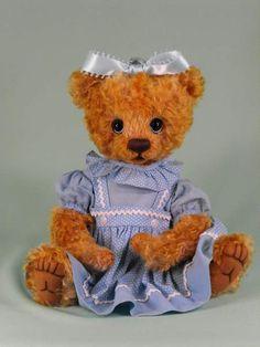 EMMA - Golden Teddy Nominee by Charbears by Charlene Draeger  www.bearpile.com