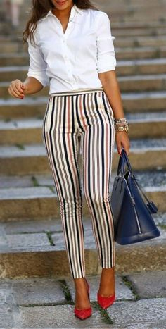 Cute Spring Chic Office Outfits Ideas 27