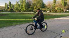 Asa e la lectiile de mers pe bicicleta pentru adulti incepatori :) #lectii #bicicleta #adulti #incepatori http://scoaladesport.ro/lectii-de-mers-pe-bicicleta-pentru-adulti-incepatori/