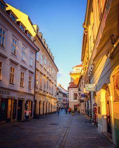Golden hour in old town Destinations, Destination Voyage, Bratislava, Old Town, London, Golden Hour, World, City, Instagram Posts