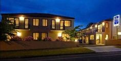 ASURE Ascot Motor Inn Taupo This spacious modern motel is situated in quiet location, just 7 minutes' walk from Taupo town centre. All studios and apartments have a fully equipped kitchenette and private balcony.