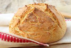 Cea mai simpla reteta de paine facuta acasa. Nu are nevoie de framantare - www.foodstory.ro Romanian Food, Romanian Recipes, Kefir, Biscuits, Veggies, Gluten Free, Vegetarian, Bread, Snacks