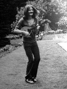 John Paul Jones of Led Zeppelin Jimmy Page, Robert Plant, Led Zeppelin, Great Bands, Cool Bands, Classic Rock And Roll, John Paul Jones, John Bonham, No Quarter