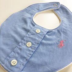 De fineste hjemmesyet hagesmække til drengene. Balenciaga City Bag, Shoulder Bag, Diy Baby, Fashion, Moda, Fashion Styles, Shoulder Bags, Fashion Illustrations