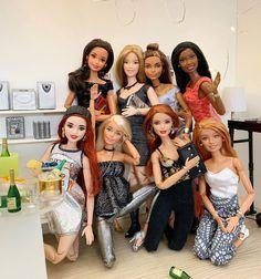 Barbie Top, Barbie Life, Barbie World, Barbie And Ken, Barbies Pics, Barbies Dolls, Cute Dresses For Teens, Custom Barbie, Barbie Diorama