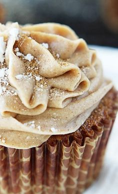 Gingerbread Cupcakes with Cinnamon Cream Cheese Frosting. This recipe sounds perfect for the holidays!