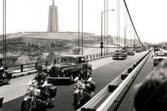 A inauguração da Ponte Salazar