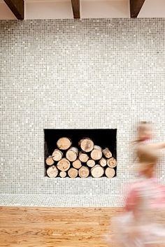fireplace by @caitlinwilsondesign
