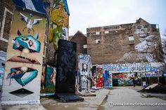 Want to do something a little different when you visit Berlin? If you love hidden gems and street art, check out these 10 alternative things to do in Berlin Berlin Sights, Bay Area, Mount Rushmore, Street Art, Mountains, Gallery, Places, Travel, Painting