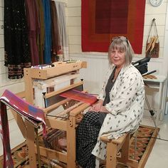Episode Online Weaving Guild with Jane Stafford – GIST: Yarn & Fiber