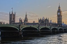 Looking For cheap flights to London from NYC ? About London: London, the capital of England and the United Kingdom, is a city with history stretching back to Roman times. London Eye, Westminster, Big Ben, Buckingham Palace, London England, England Uk, Flights To London, London Museums, City Of Angels