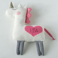 Persoonalized unicorn! This unicorn is already in my shop at Etsy. Link to my shop in my bio. Единорог с персонализацией )))) Пишите в директ!