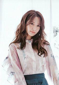im yoona - Bing images Im Yoona, Kim Hyoyeon, Seohyun, Girls Generation, Korean Beauty, Asian Beauty, Korean Girl, Asian Girl, Idole