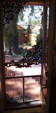 New farmhouse victorian screen doors 20 ideas – farmhouse front door with screen Front Door With Screen, Old Screen Doors, Wooden Screen Door, Old Doors, Windows And Doors, Front Doors, Porch Doors, Front Porch, Victorian Farmhouse