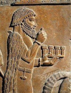 Khorsabad Assyrian city North Iraq raq from the Palace of Sargon II (circa 722-705 B.C.), من مدينة خورسباد الاشورية شمال العراق  لوح رجل من  قصر سرجون الثاني (حوالي 722-705 قبل الميلاد)،