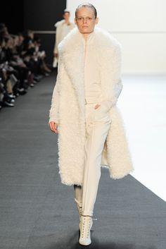 Akris Fall 2014 Ready-to-Wear Fashion Show