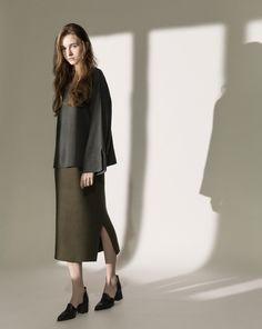 俐落感坑條側開岔針織長裙|女裝|MEIER.Q