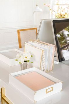White, gold and pink desk stationery will go with anything! Love this style! //