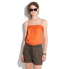 love this shirt and shorts ... so comfy looking  but chic at the same time.