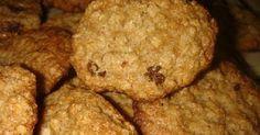 Galletas de avena y pasas de uva caseras, muy ricas y saludables. Como hacer Galletas de avena y pasas de uva. Receta de Galletas de avena y pasas de uva.Galletas de avena y pasas de uva, muy faciles y nutritivas. Vegan Recipes Easy, Organic Recipes, Vegetarian Recipes, Cookies Receta, Yummy Cookies, Protein Breakfast, Breakfast Recipes, Veggie Omelette, Cookie Brownie Bars