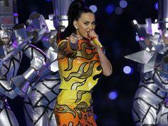 La dégaine LOL-core de Katy Perry au Superbowl