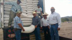 <p>Chihuahua, Chih.- En el municipio de La Cruz, el presidente de la localidad, Adolfo Trillo, realizó la gestión para que se hiciera la entrega