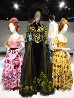 Lady Tremaine and Cinderella Stepsisters film costumes Cinderella Stepsisters, Cinderella Dresses, Disney Dresses, Disney Outfits, Girl Outfits, Cinderella 2015, Run Disney Costumes, Theatre Costumes, Movie Costumes
