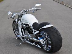 Harley Davidson Fatboy, Harley Davidson Tattoos, Classic Harley Davidson, Harley Davidson Street Glide, Harley Davidson Motorcycles, Custom Motorcycles, Vrod Harley, Harley Bikes, 883 Harley