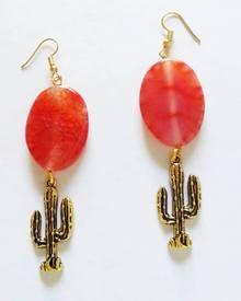 Handmade statement earrings made out of semiprecious stones, plexiglass, crystals, tassels and many more. Statement Earrings, Drop Earrings, Cactus Earrings, Summer Jewelry, Tassels, Jewlery, Fashion Jewelry, Gemstones, Crystals