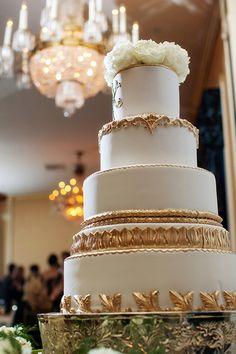 gold cake | Collin Ritchie #wedding