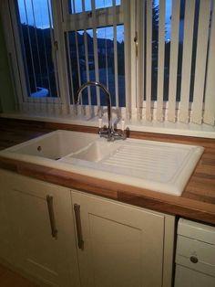 Reginox ceramic sink with FREE tap     http://www.sinks-taps.com/item-8185-LUX_RL301CW_Ceramic_1_5_Bowl_Sink_with_FREE_Reginox_Tap_.aspx