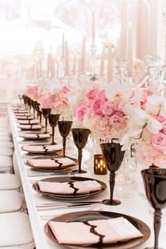 A Chanel inspired wedding at the Vibiana in Los Angeles exudes iconic and chic elegance with an understated dramatic flare and flawless details. Chanel Wedding, Parisian Wedding, French Wedding, Chanel Party, Star Wedding, Wedding Table, Dream Wedding, Wedding Plates, Luxury Wedding Venues