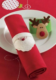 karácsonyi szalvétatartó (mikulás és rénszarvas)