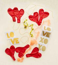 Meri Meri Glitter Balloon Kit. Embellish your balloons! #Aerie