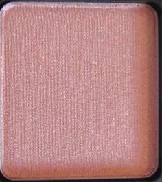Inglot Pearl 397 peach eyeshadow