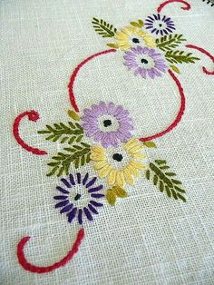 Supreme Best Stitches In Embroidery Ideas. Spectacular Best Stitches In Embroidery Ideas. Hand Embroidery Flowers, Hand Work Embroidery, Simple Embroidery, Hand Embroidery Patterns, Vintage Embroidery, Ribbon Embroidery, Embroidery Art, Cross Stitch Embroidery, Machine Embroidery