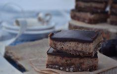 Sós karamelles csokis szelet sütés nélkül - vegán, paleo