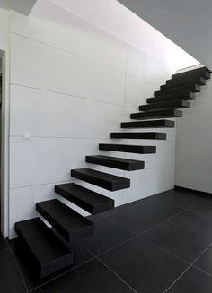 Protection d 39 escalier demi lune marchette aluminium traits steeltred hamat escaliers demi - Tapis de marche d escalier demi lune ...