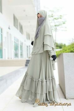 Hijab Gown, Hijab Evening Dress, Hijab Style Dress, Niqab Fashion, Muslim Fashion, Fashion Dresses, Modest Dresses, Simple Dresses, Muslim Dress