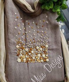 New Ideas Embroidery Designs Machine Embroidery Designs Machine Indian Suits New Embroidery Designs, Embroidery On Kurtis, Hand Embroidery Dress, Kurti Embroidery Design, Embroidery Flowers Pattern, Hand Embroidery Stitches, Embroidery Fashion, Embroidery Patterns, Beginner Embroidery
