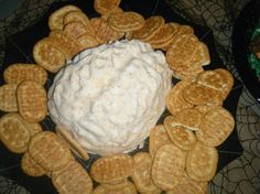 Mix cream cheese, a pack of dry ranch mix, shredded… Halloween Appetizers, Zombie Party, Halloween Dinner, Halloween Foods, Halloween Food For Party, Holidays Halloween, Scary Halloween, Halloween Treats, Happy Halloween