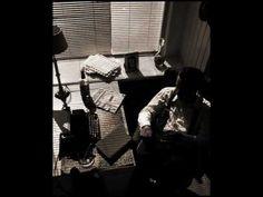 Duke Ellington & Louis Armstrong - Solitude <3 o goodness i love this kind of music!